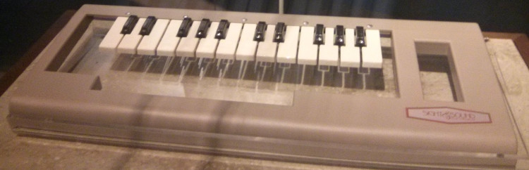 Incredible Music Keyboard